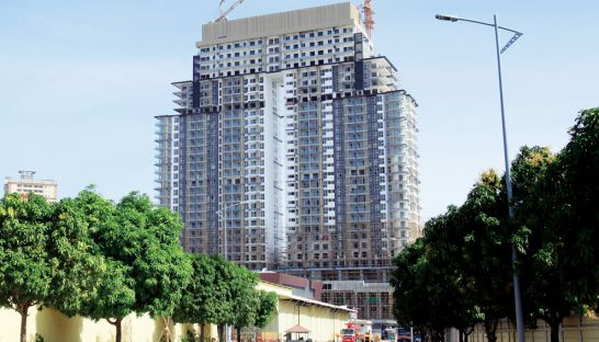 a-year-of-progress-sees-high-end-condos-toeing-completion